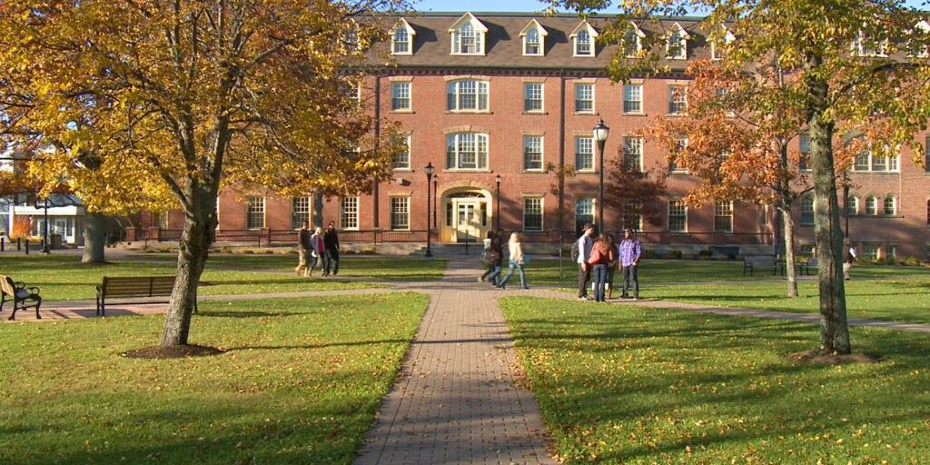 SJDAW-Graduate-Scholarship-at-University-of-Prince-Edward-Island-in-Canada.jpg