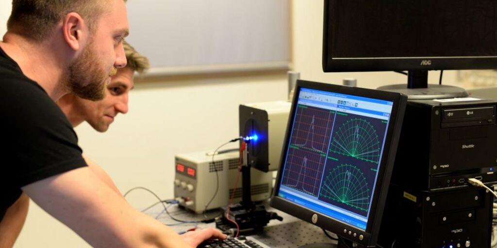 UGent-and-VUB-MSc-Scholarships-in-Photonics-in-Belgium.jpg