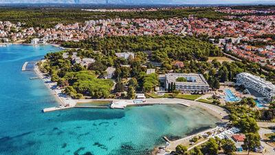 Хрватите жестоко по џебот на туристите: Килограм грозје изнесува 10 евра, хамбургерите дури 22 евра