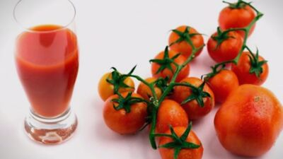 Направете си сок од домати, еве за што ќе ви помогне!