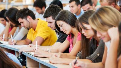Неколку совети за идните студенти: Започнете мудро за да ве следи академски успех!