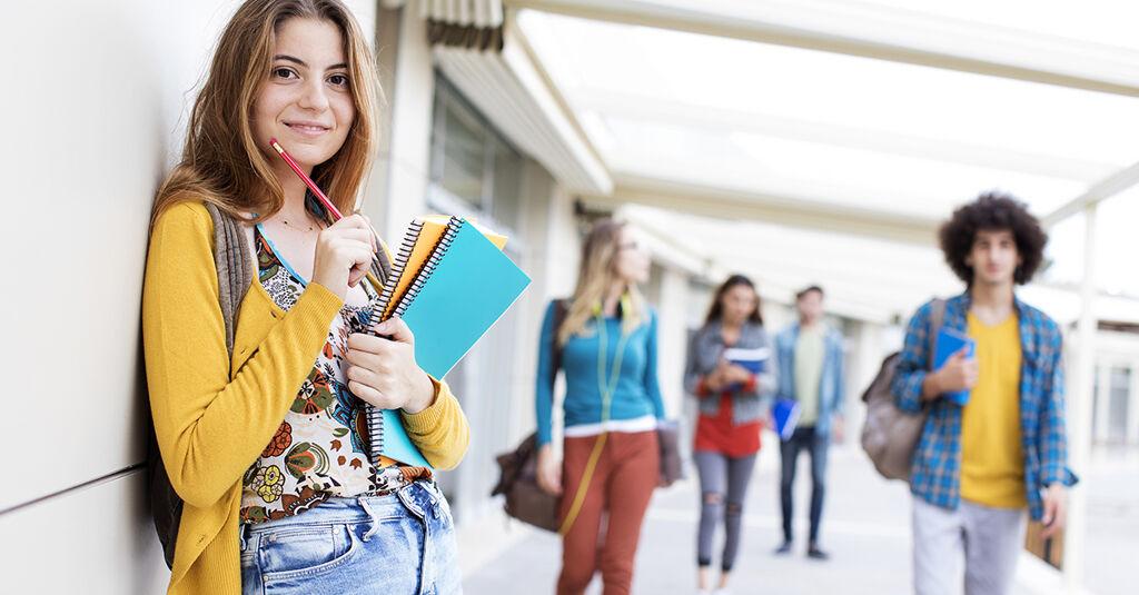 linkedin_heros_collegestudents.jpg