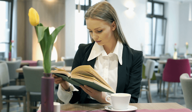 books-660x400-660x385-1.png